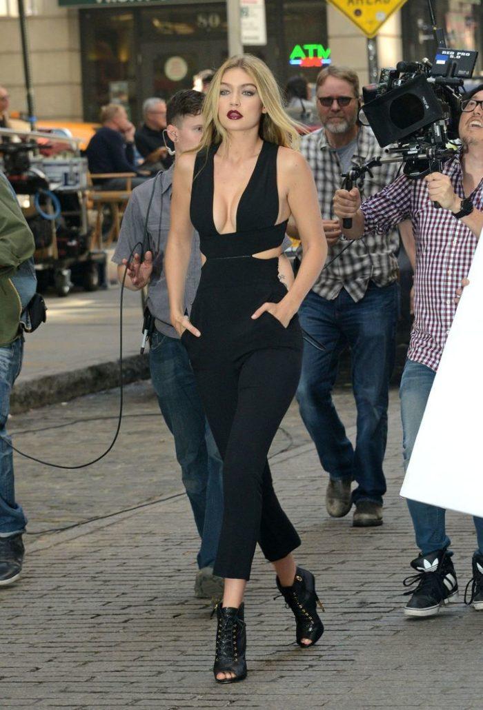 Gigi Hadid in Black Jump suit | Hermosaz