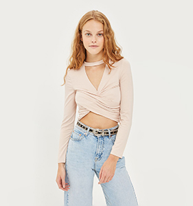 PETITE Choker Twist Front Top | Hermosaz
