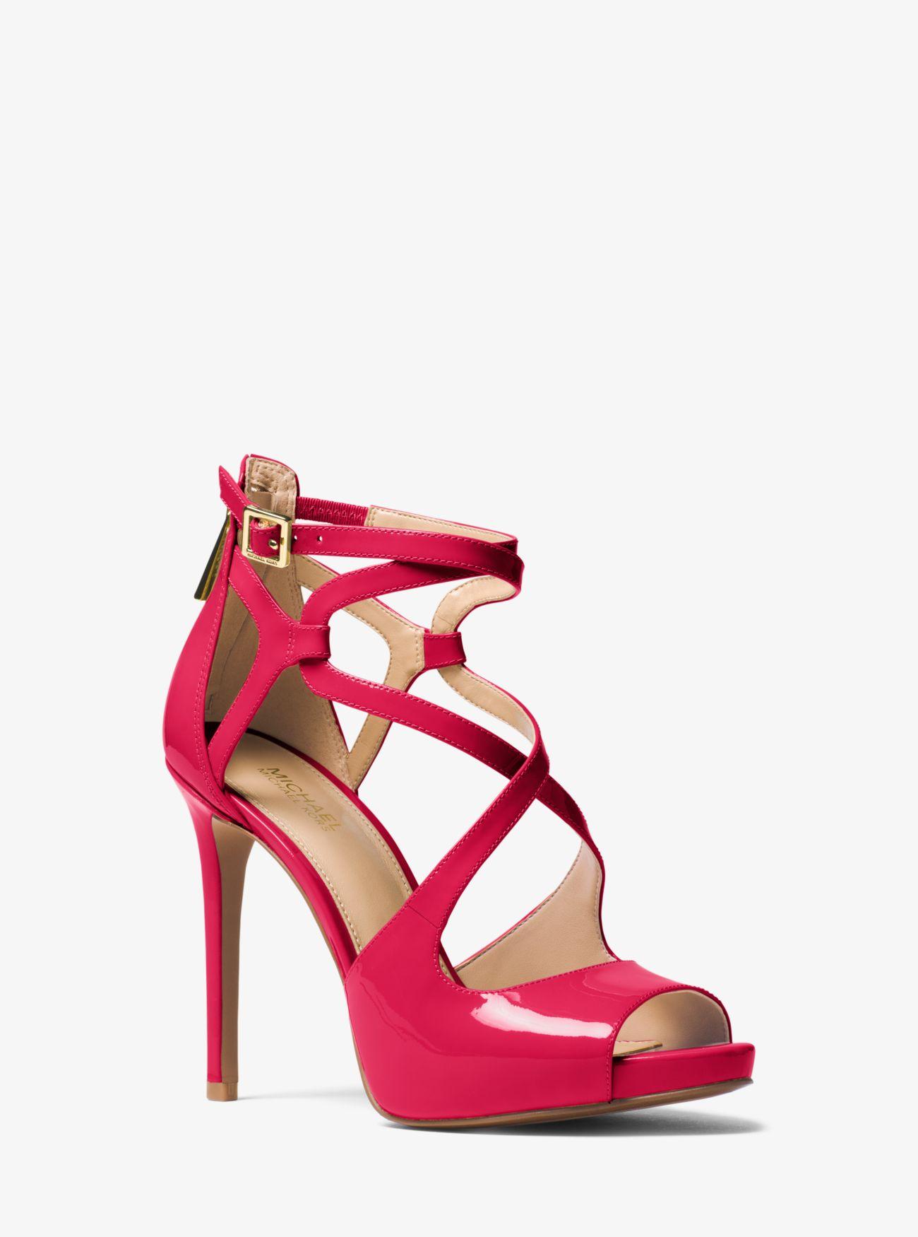 Catia Patent Leather Sanda | Hermosaz