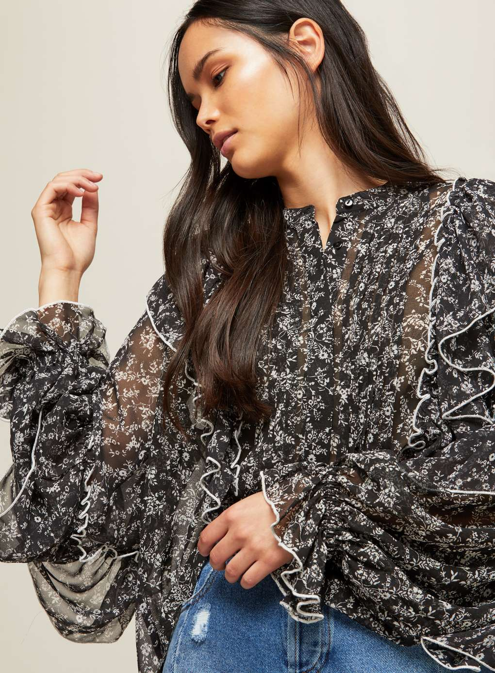 Floral Print Extreme Sleeve Ruffle Blouse | Hermosaz