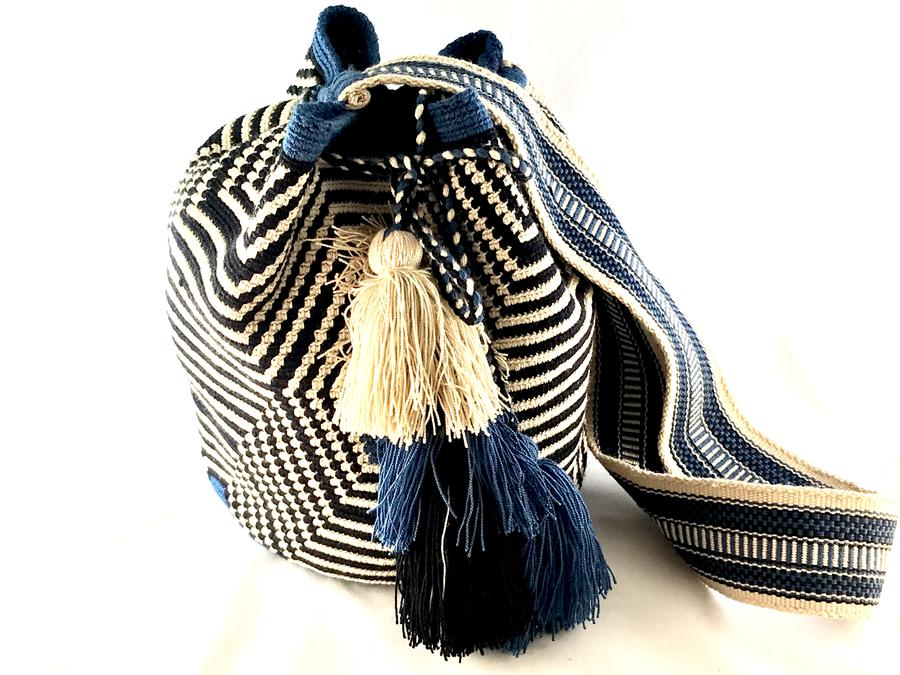 EXCLUSIVE Wayuu Bag Blue