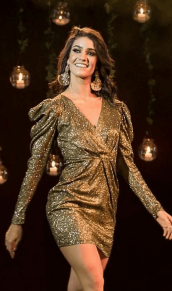 Runway photo golden long sleeve dress