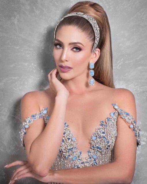 Close up Miss Venezuela photo