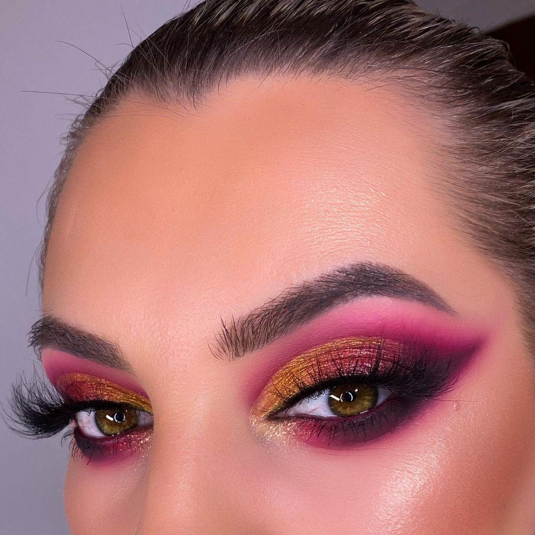Ojos rosas o dorado para San Valentín
