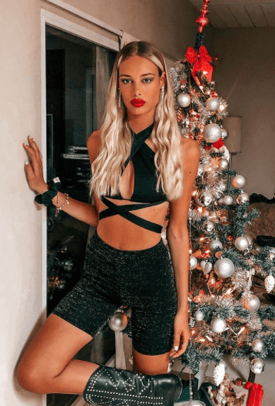 The 10 trendiest Christmas looks by Latina influencers