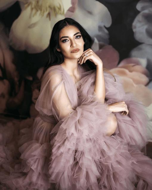 Pink fluffy dress photo